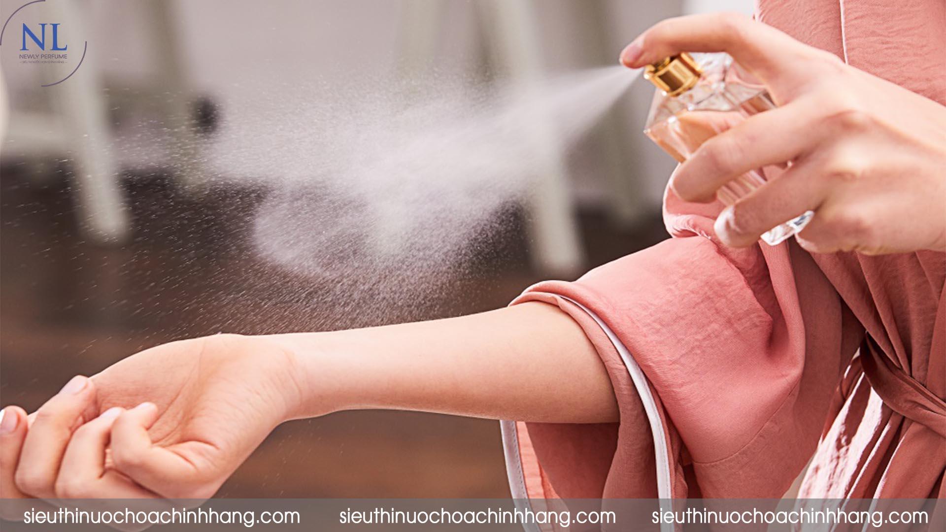 mẹo sử dụng nước hoa Charme